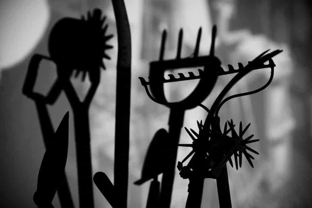 Thomas Hawk - Tools, https://flic.kr/p/M1h2U